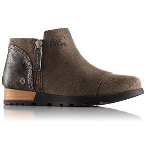 Sorel boots 9